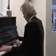 pianoconcert op de piano locatie Galerie Beeldend Gesproke